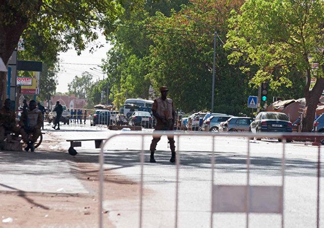 La policía en la capital de Burkina Faso, Uagadugú