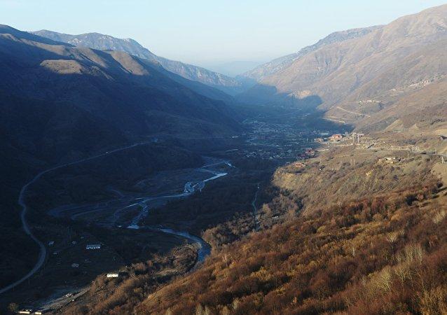 Lugar del siniestro del helicóptero Mi-8 en Chechenia