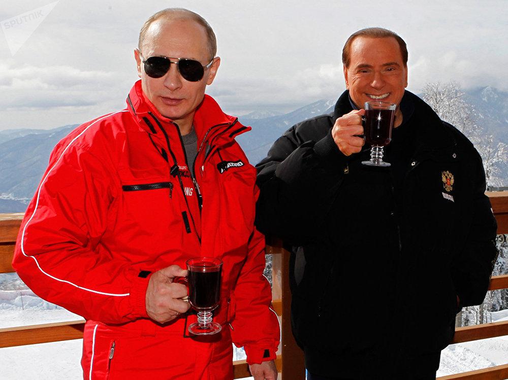 Vladímir Putin y Silvio Berlusconi, foto de archivo
