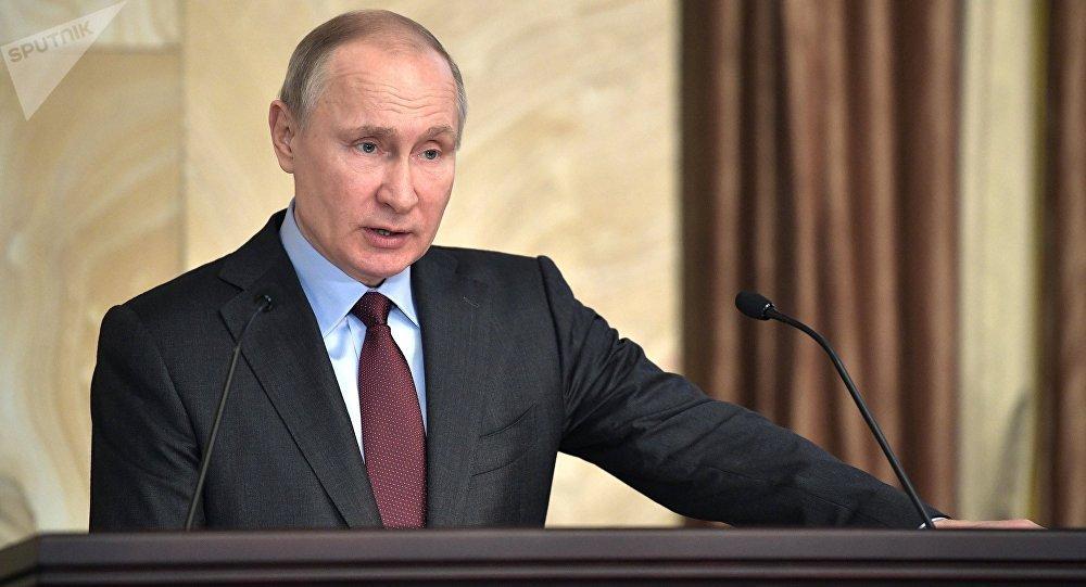 Putin ordenó derribar avión en 2014
