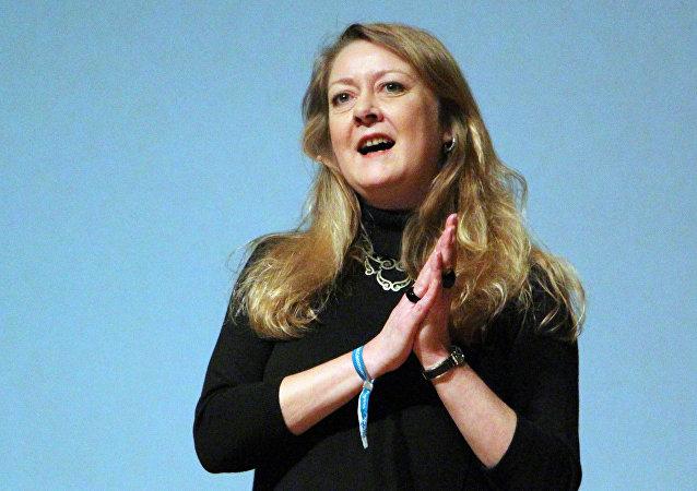 Annie Machon, exagente del servicio de seguridad británico MI5