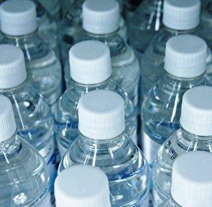 Botellas de agua (imagen referencial)