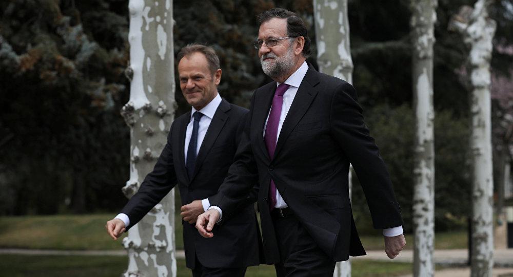 El presidente del Consejo Europeo, Donald Tusk, y el presidente del Gobierno de España, Mariano Rajoy
