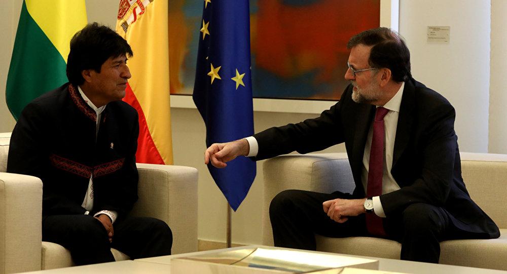 El presidente de Bolivia, Evo Morales, y el presidente del Gobierno español, Mariano Rajoy
