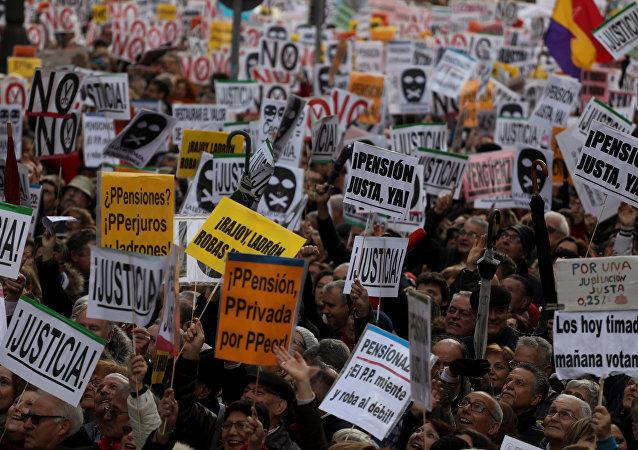 Protesta en Madrid por la baja subida de las pensiones