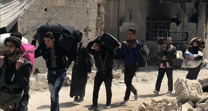 Nuevos bombardeos del régimen sirio contra Guta Oriental dejan 10 civiles muertos