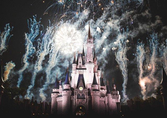 El castillo en el parque temático de Disney
