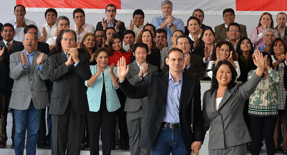 Por Odebrecht, renuncia el presidente de Perú