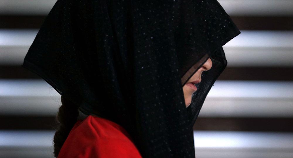 Una joven yazidí (imagen referencial)