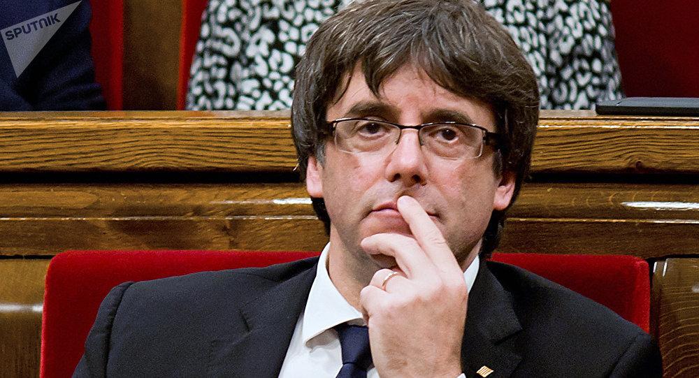 El presidente de Cataluña, Carles Puigdemont, en el Parlamento Catalán (archivo)