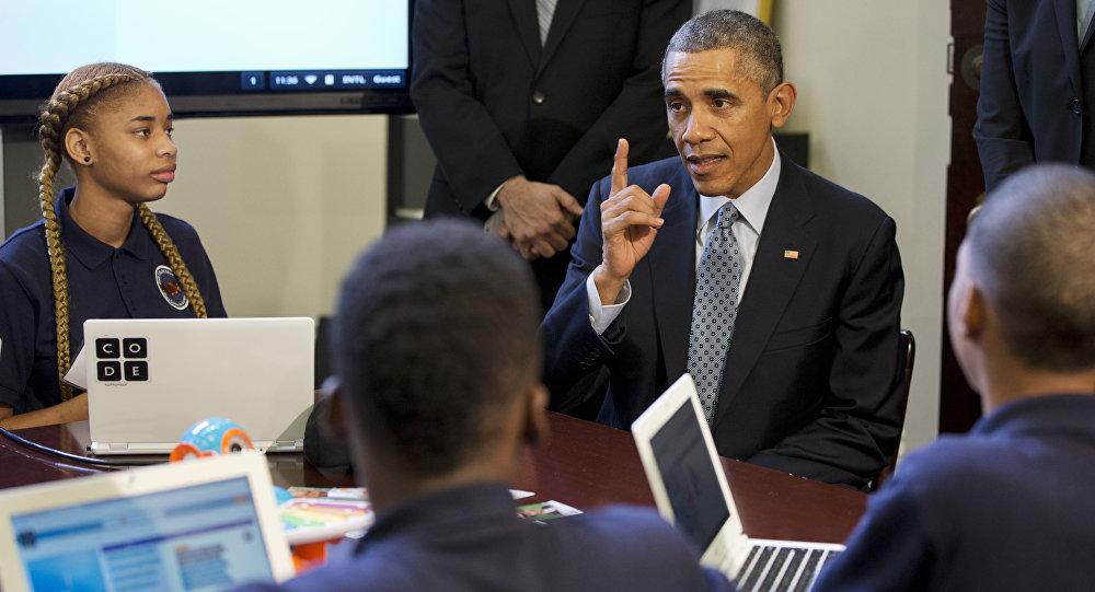 Barack Obama, expresidente de EEUU, durante evento con escolares acerca de programación