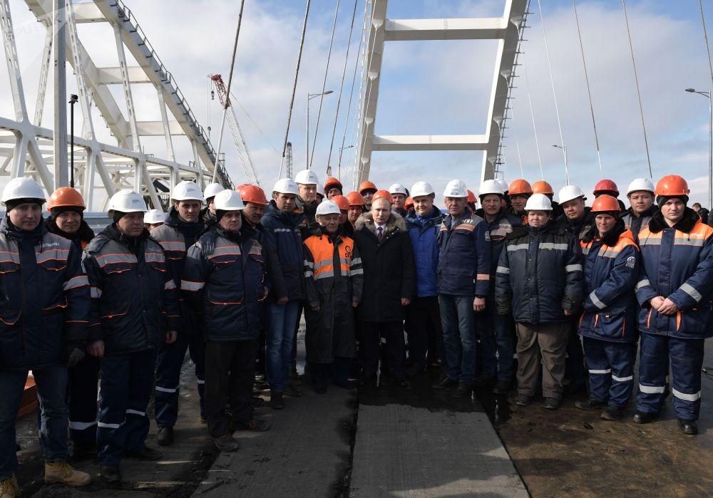 La obra del siglo de Rusia, a punto de ser inaugurada