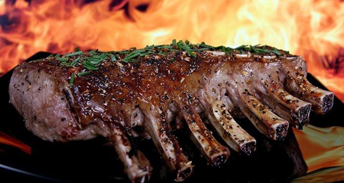 Carne asada a fuego abierto