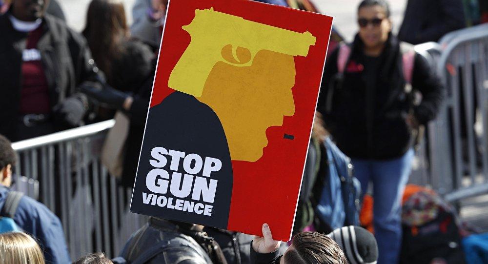 Manifestación masiva contra la violencia armada en EEUU