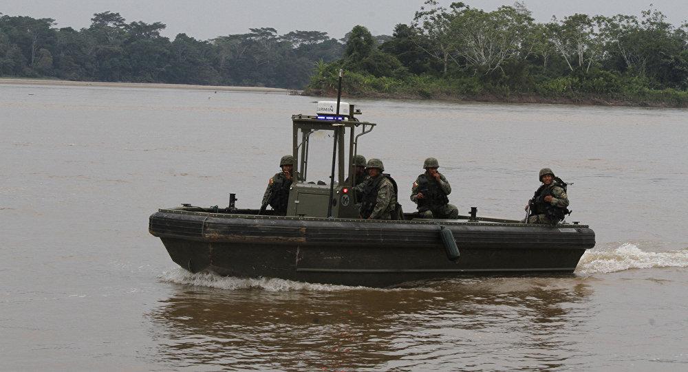 Transporte de agua de las Fuerzas Armadas de Ecuador (Archivo)