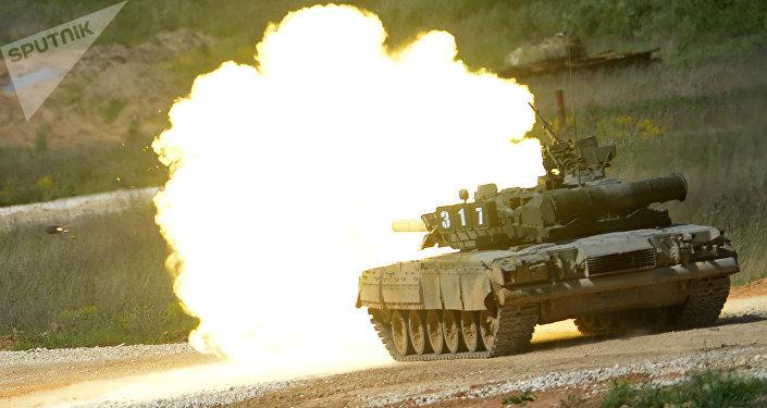 Tanque T-80 (archivo)