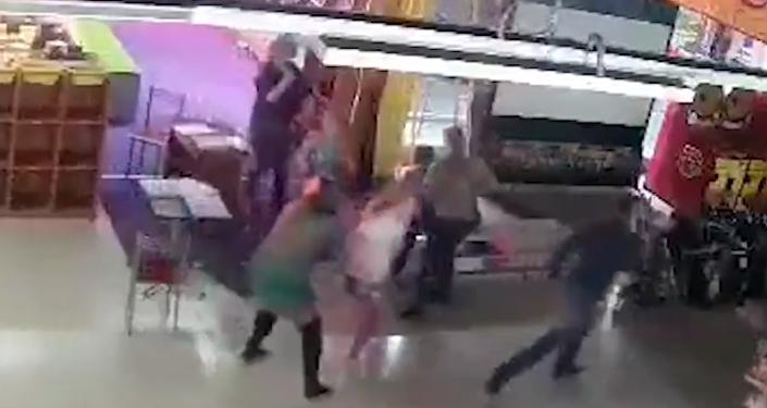 Entre llamas, llanto y desesperación: así se vivió la tragedia en Kémerovo (vídeo)