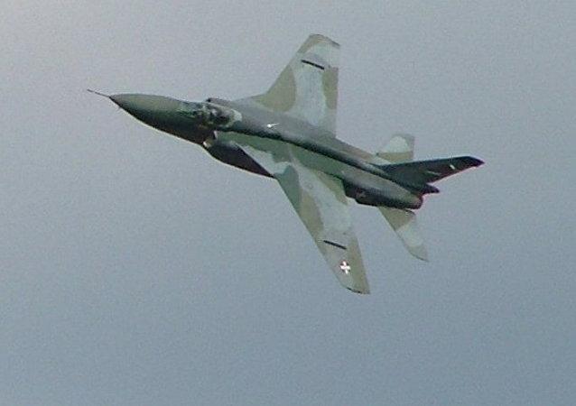 Un avión J-22 Orao de la Fuerza Aérea de Serbia