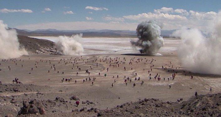Reviven la histórica batalla entre Bolivia y Chile de la guerra del Pacífico