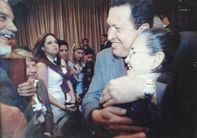 Rafaela Baroni y Hugo Chávez, expresidente de Venezuela