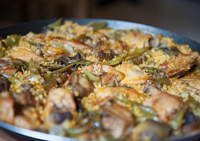 Paella, un plato típico español (imagen referencial)