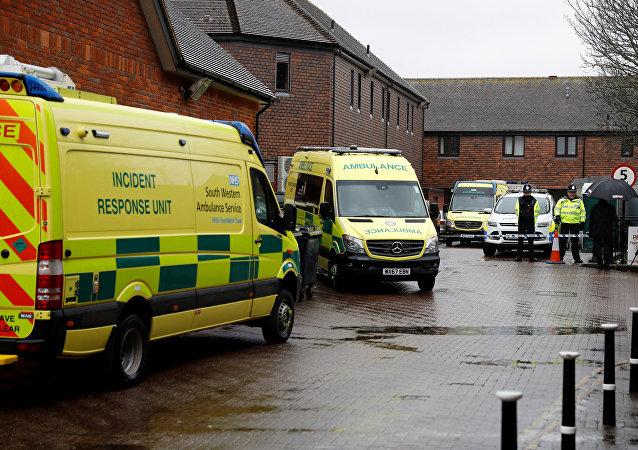 Servicios de emergencia en el lugar del envenenamiento de Serguéi Skripal en Salisbury, Reino Unido