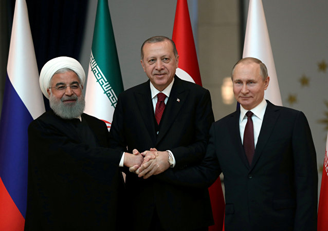 Presidentes de Irán, Hasán Rohaní, presidente de Turquía, Recep Tayyip Erdogan y presidente de Rusia, Vladímir Putin