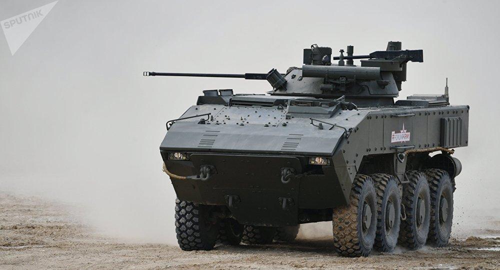 Bumerang, el vehículo blindado ruso, durante el Foro Internacional Técnico Militar Army 2017