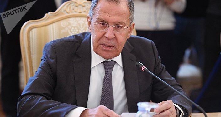 Exespía ruso sale del estado crítico; niegan visado a su sobrina