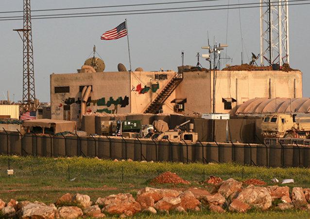 Base militar estadounidense cerca de Manbij