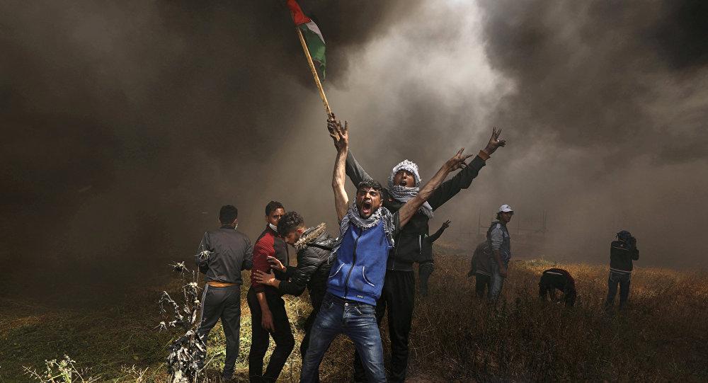 Los manifestantes palestinos en Gaza