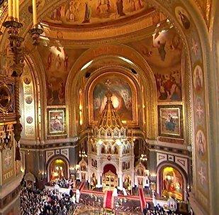 Oficio religioso de la Pascua ortodoxa en la principal catedral de Rusia