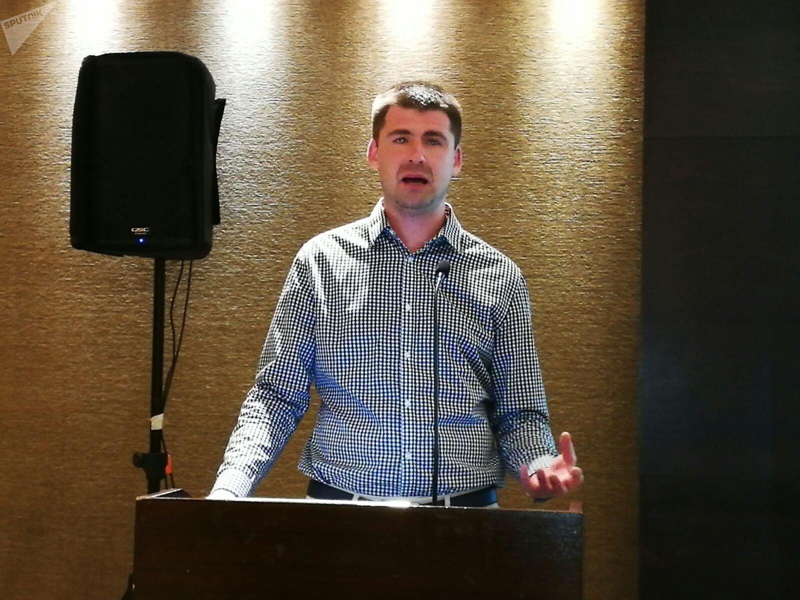 Serguéi Ozhegov, director general de SearchInform, en la conferencia de la empresa en Buenos Aires.