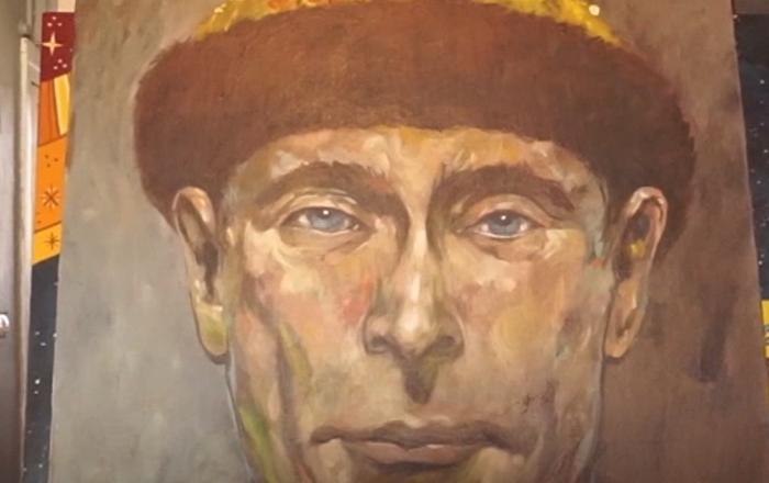 Putin coronado como zar y otras sorpresas de un artista ruso para el Mundial de 2018