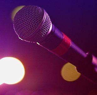 Un micrófono, imagen referencial