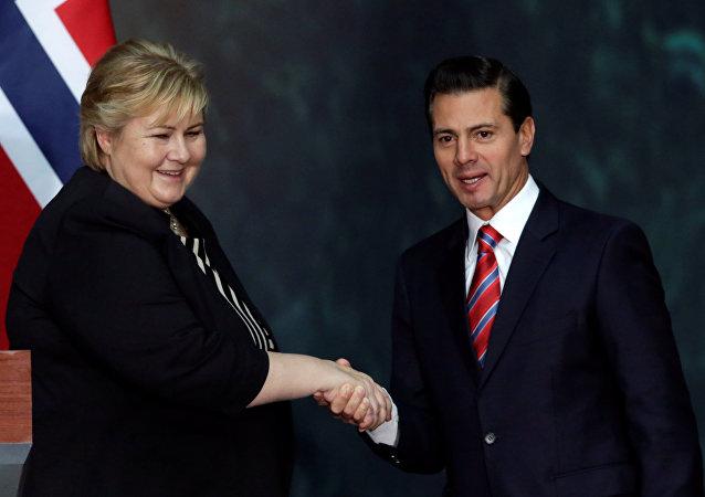 La primera ministra de Noruega, Erna Solberg y el presidente de México, Enrique Peña Nieto