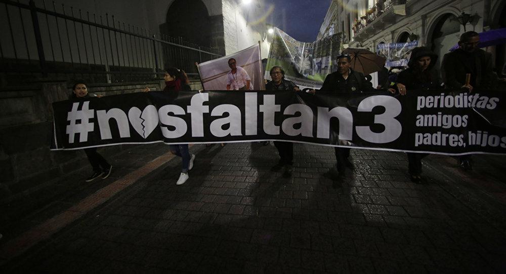 Regresa de Perú Lenín Moreno por situación crítica de secuestrados