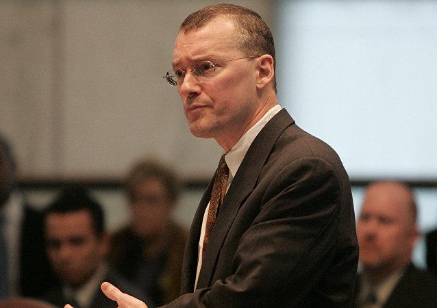 El abogado y defensor de los derechos LGBT+ David S. Buckel