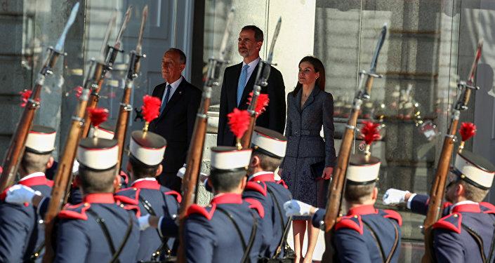 El presidente de Portugal, Marcelo Rebelo de Sousa con el rey Felipe VI y la reina Letizia