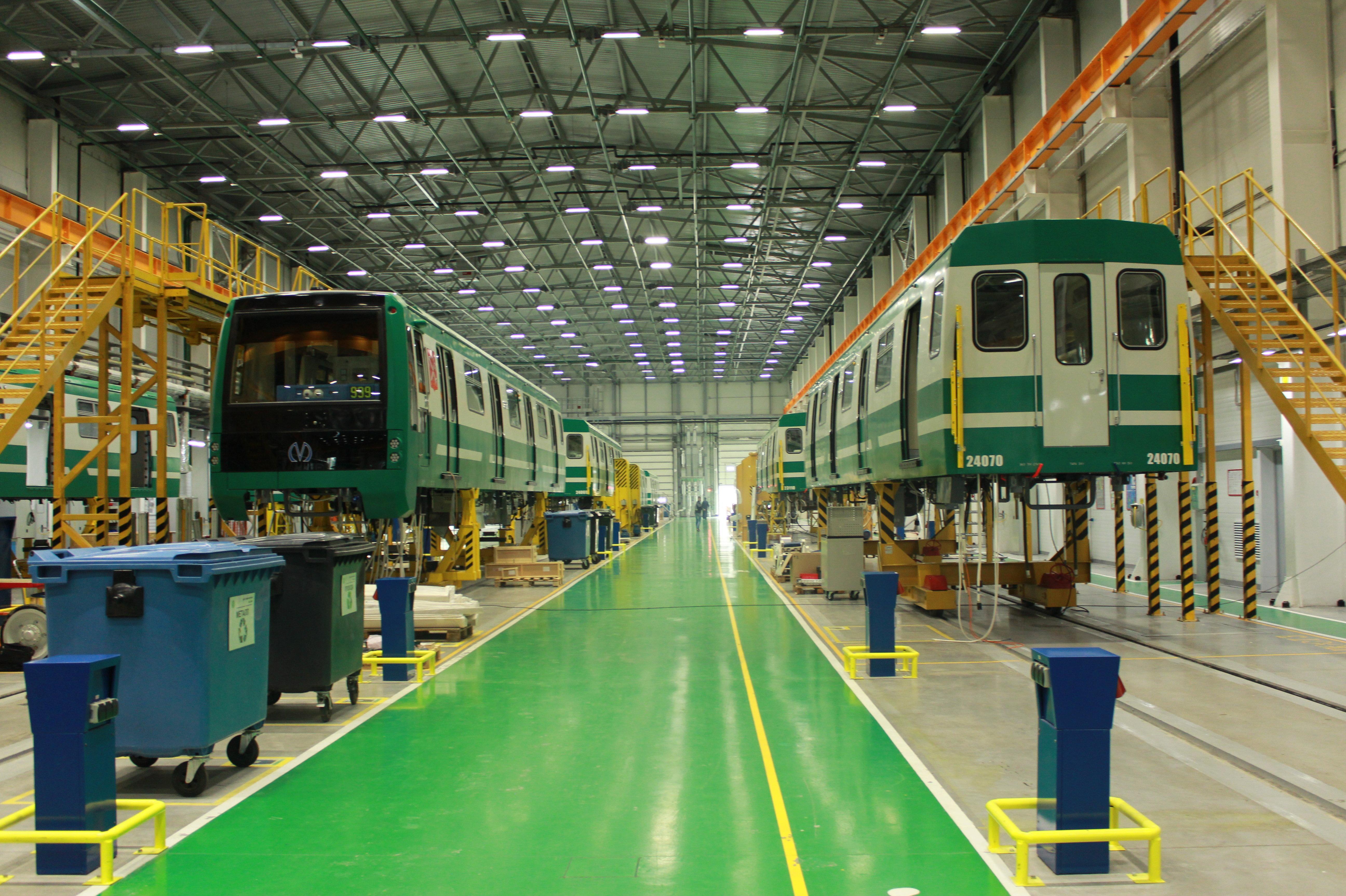 Talleres ferroviarios de alta tecnología, en la ciudad de San Petersburgo de la empresa privada rusa Transmashholding.