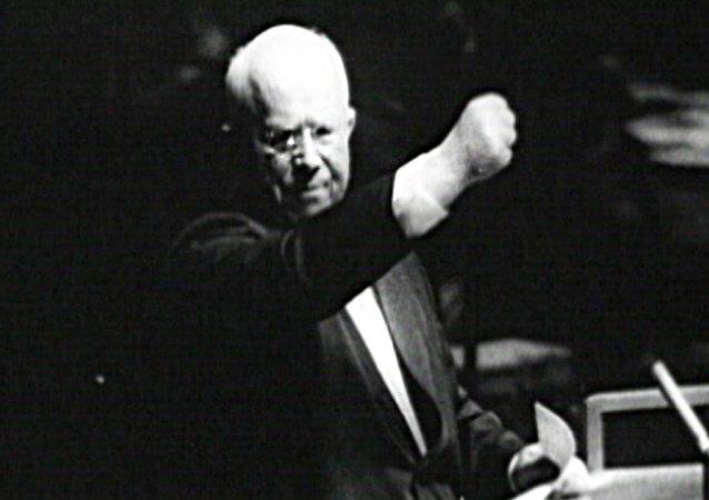 Jruschov: un líder contradictorio que acabó con el culto a Stalin
