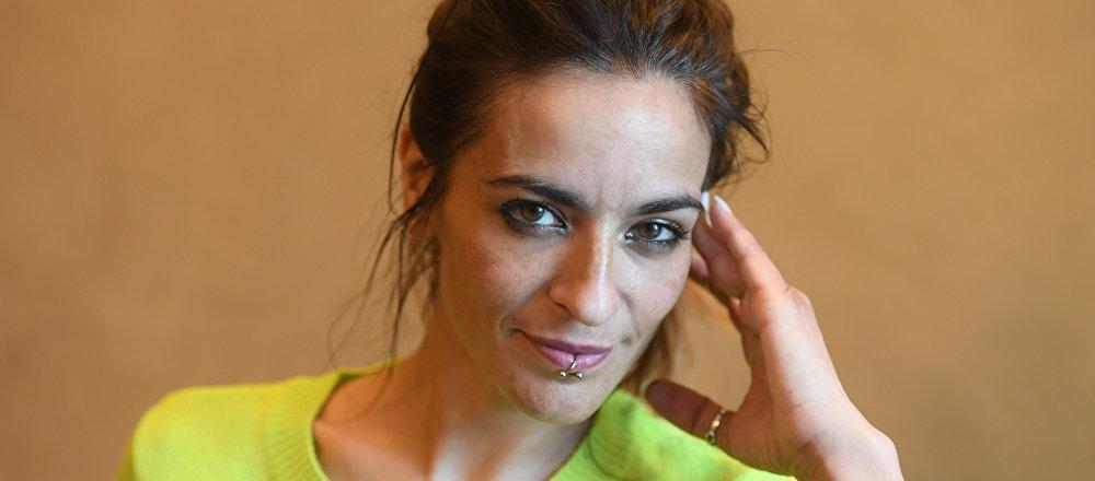 Bebe, cantante española