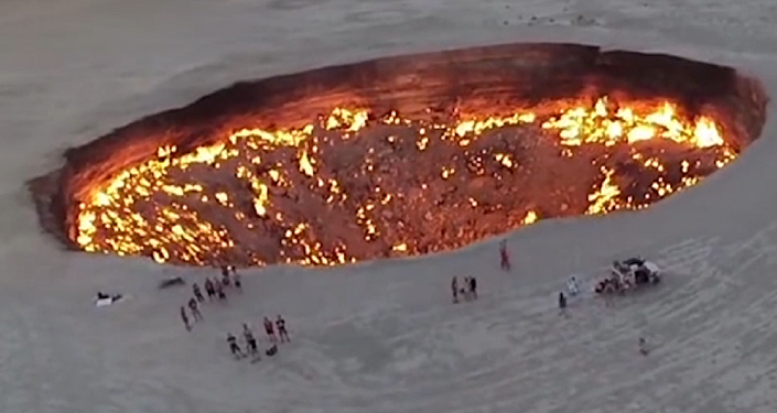 La puerta del infierno: el increíble pozo que lleva ardiendo sin parar los últimos 47 años
