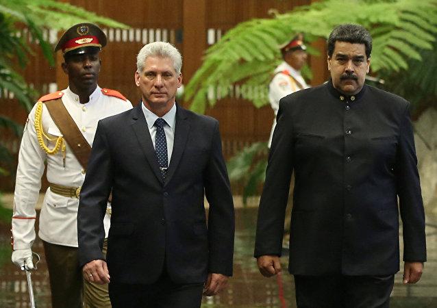 Miguel Díaz-Canel y su homólogo venezolano, Nicolás Maduro