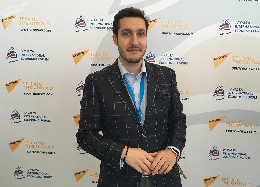 Javier Hurtado Mira, el presidente de la Comunidad Demócrata de Jóvenes de Europa (DEMYC), en el Foro Económico Internacional de Yalta