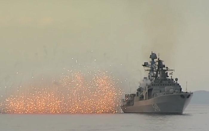 La Flota del Pacífico de Rusia efectúa maniobras en el mar de Japón