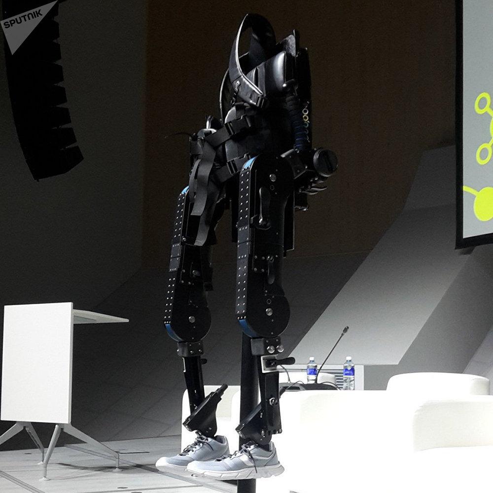 El exoesqueleto ExoAtlet de la nueva generación