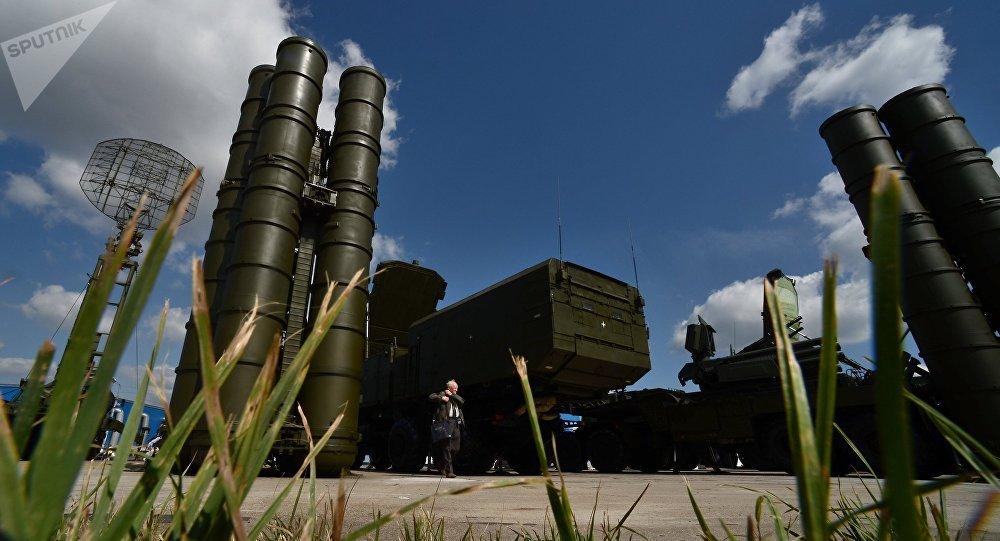 Sistemas antiaéreos S-300
