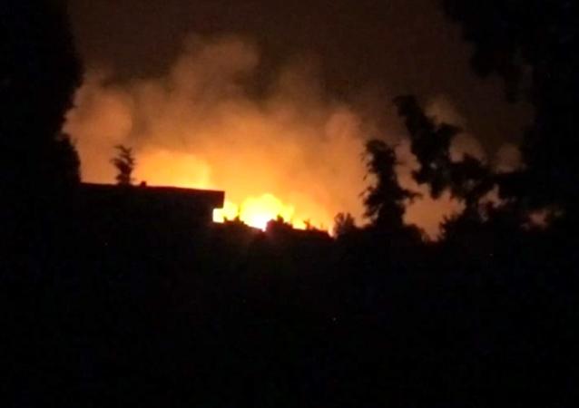 Así se vivió el ataque aéreo contra una base militar en Hama