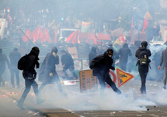 Manifestación en Francia en el Día de los Trabajadores